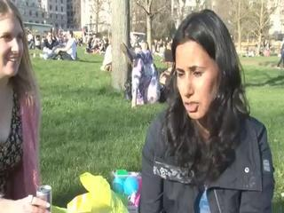 News video: UK enjoys warmest day of the year